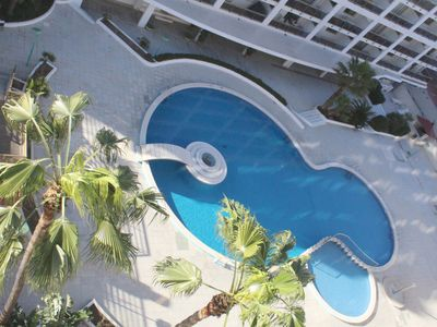 Photo for 4 pax bright penthouse with communal pool and 100 mts Levante beach in Salou