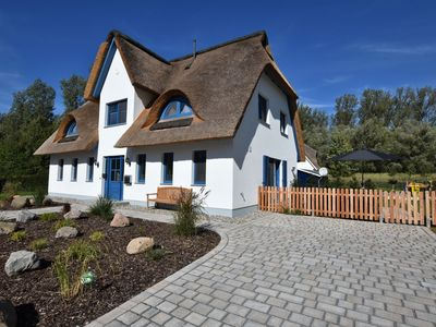 Photo for Semi-detached thatched house with 3 bedrooms, near the beach in Rerik