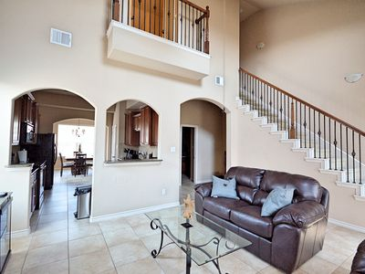 Photo for Luxury 3 Story Townhome (3bd, 3bth) 75MB/75MB Internet (see virtual tour)