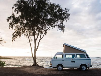 Classic VW Pop-Top Camper in Hawaii! Your Oahu Basecamp on Wheels!
