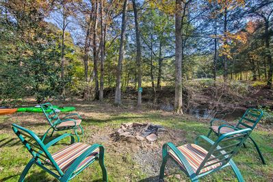 Sitting right next to Stony Creek, the property offers ample outdoor activities.