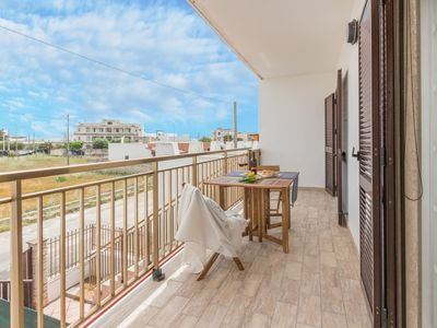 Photo for Two bedrooms apartment 200 metres from the sea