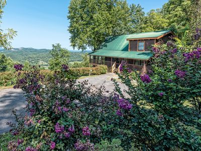 Photo for A 3 BR Smoky Mountain Cabin with Great Views, private hot tub, & gameroom!