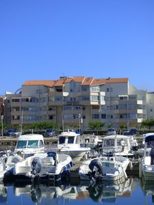 Photo for Charming duplex of 45m ² overlooking marina