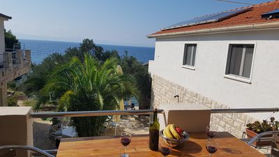 Photo for Apartments JEDRA (40401-A1) - Gdinj - island Hvar