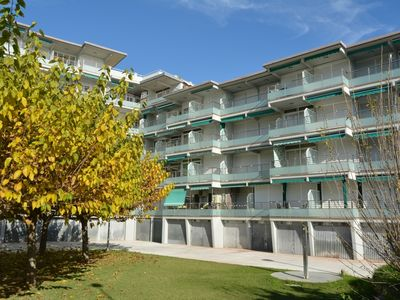 Photo for Apartment with communal pool ideal for families a few meters from the sea