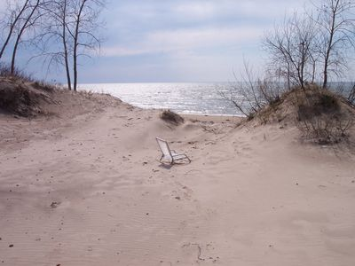 Photo for Lake Ontario East, sleeps 10, beach, 2 kayaks, firepit, gas grill, yard, porc