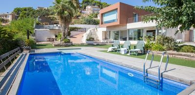 Photo for Villa with views in Lloret of 8 Pers 4 bedrooms near the sea and with WIFI