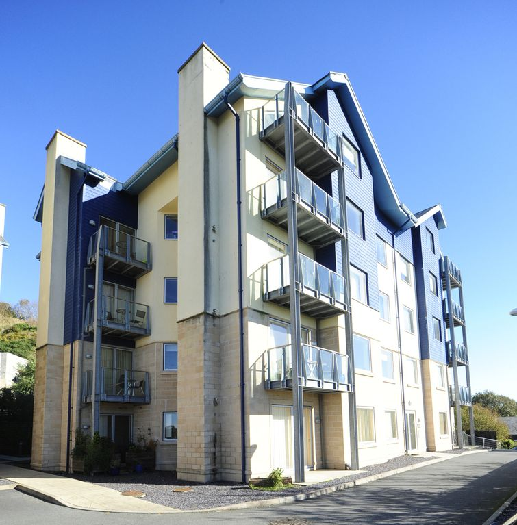 Centrepointe Apartments: Parc Y Bryn Serviced Apartments