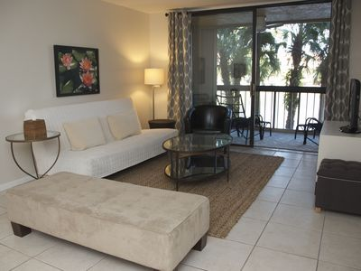 Photo for Lake View Condo, Close to Beach And Downtown Delray