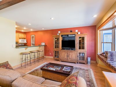 Photo for 3 Bedroom, 3 bath downtown condo is perfect for all seasons. Walk to everything Telluride has to off