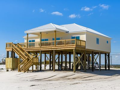 "Photo for ""Walkin' On Sunshine"" New! Dauphin Island Pet Friendly Gulf Front Beach House"