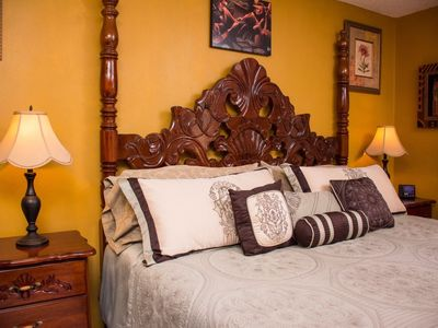 Photo for Elegant Studio Suite at Sandcastles Resort with Beach Access and Pool View