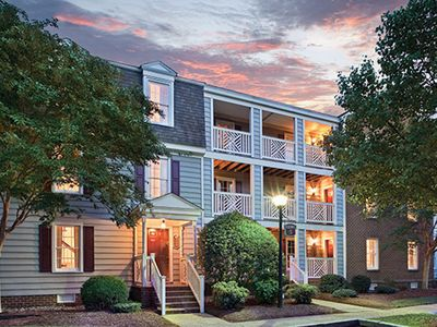 Photo for 2 Bedroom Suite- Kingsgate Resort. Great Rates + Friendly Williamsburg Experts!