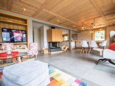 Photo for Chalet Chamonix-Mont-Blanc, 5 bedrooms, 10 persons