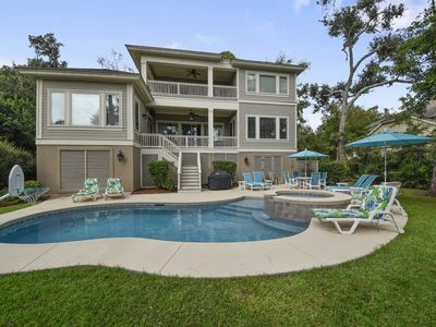 Photo for Lovely 5 Bedroom,  3rd row home on the beach path with Private pool in Palmetto Dunes is just a few