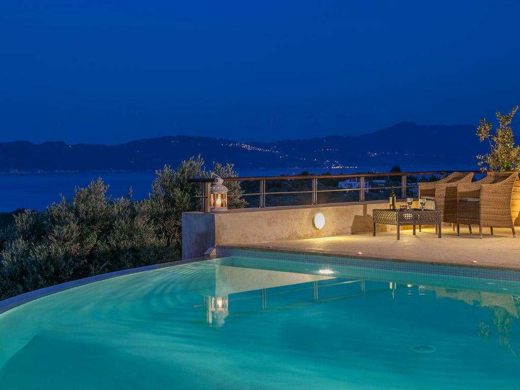 Gr2421  Villas With Private Pool And Amazing Sea View
