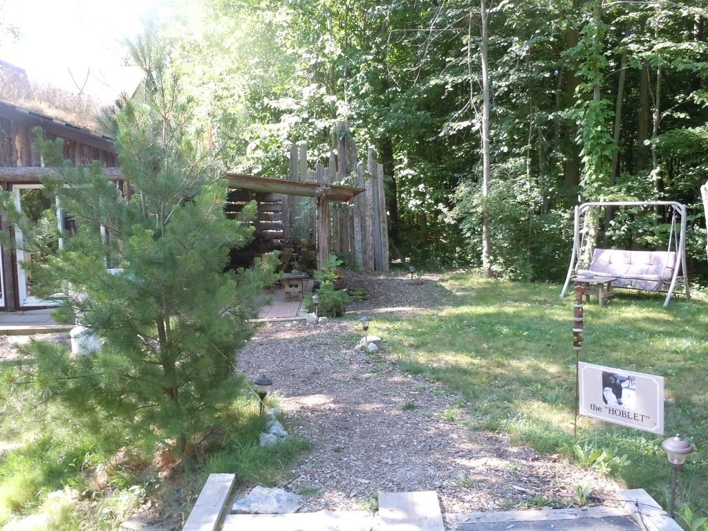 The 'Hoblet' Cabin, 14 Min. to the Falls,in a Nature Setting