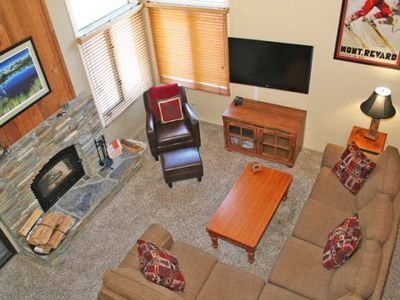 Photo for 1 Bedroom & Loft, Two Full Bathrooms, Sleeps 6 - Central to Town of Mammoth