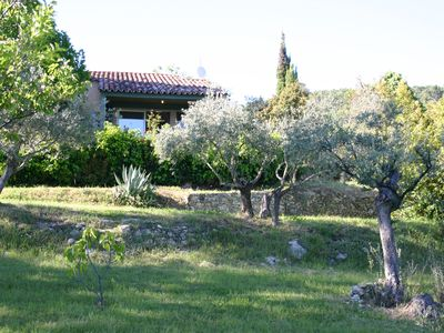 Photo for At the heart of Provence, in a private area of 13 hectares. Quiet and smooth