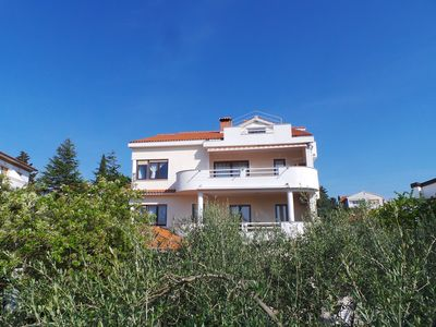 Photo for Holiday apartment with sea view, terrace, WiFi and air conditioning