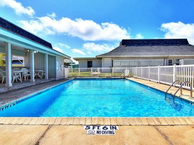 Photo for Fabulous 3 bedroom 2 bath condo just steps from the beach!
