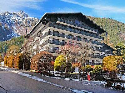 Photo for One bedroom Apartment, sleeps 2 in Chamonix with WiFi