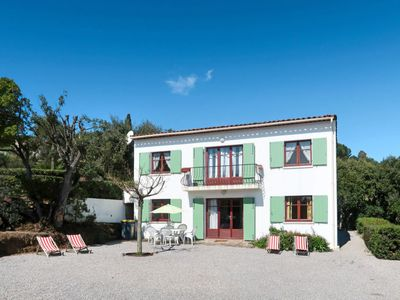 Photo for Apartment Les Arbousiers (CAV200) in Cavalaire - 6 persons, 3 bedrooms
