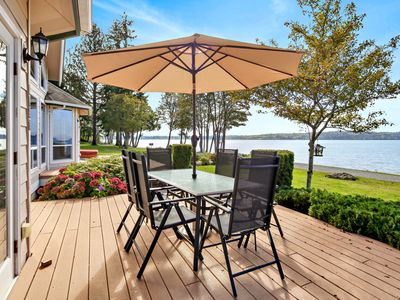 Photo for Stunning 2600sf waterfront home with spetacular views