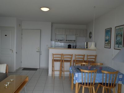 Photo for Ideally located Beach apartment with all amenities within walking distance
