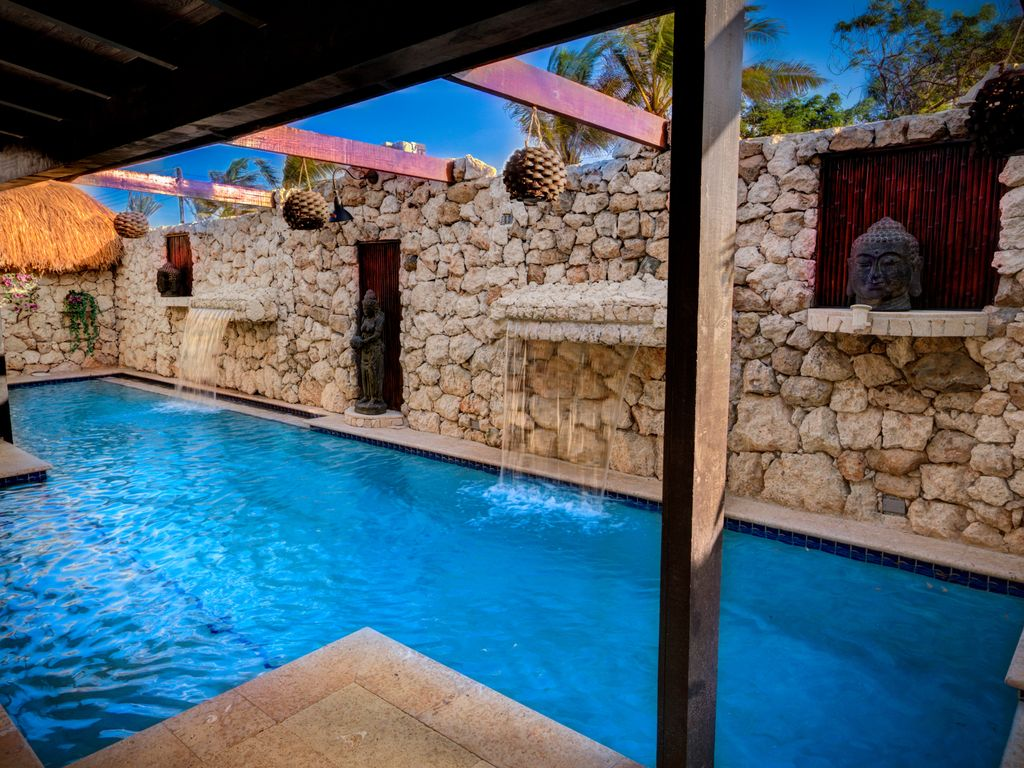bali style house, 2 pools and a cinema - homeaway oranjestad-west