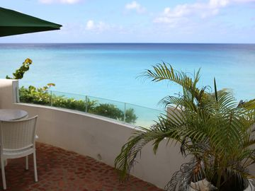 Beautiful Barbados - beach front property - Lower Level