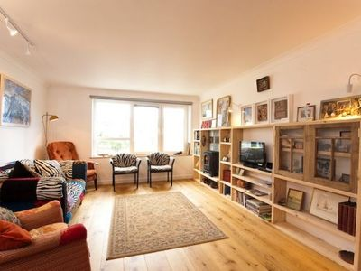 Photo for Brilliant central waterside location!