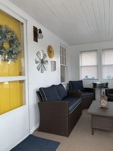 Cozy Speedway home walking distance to IMS and close to downtown