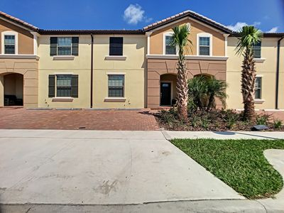 Photo for Windsor Villa, brand-new  townhome near Disney in Windsor at Westside