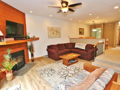 Photo for RELAXING & PEACEFUL 3/BR & LOFT 2/BATH , 6 Min WALK TO SLOPES AND 5 Min to POOL