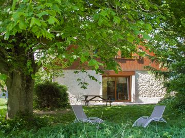 Chalet 5 bedrooms in a natural setting in Chabottes, Ecrins National Park