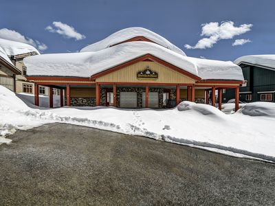 Photo for Sleeps 33 - Ski in / Out 7 Bedroom - 5 Bath + Den + Loft, 2 Hot Tubs - 5 parking spots