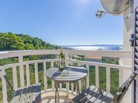 The location is great because it''s really close to the beach, the apartment was clean, staff wa...
