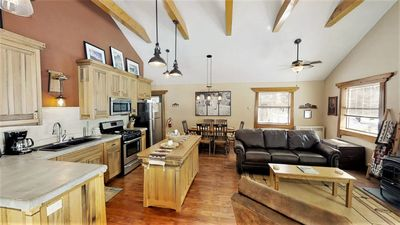 Photo for Adorable Ranch Style Cabin on Main Street, Amazing Views, Pets are Welcome Here!