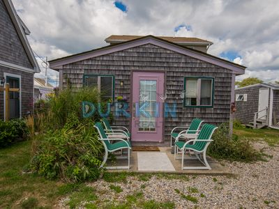 Photo for Cozy Cottage, Private Beach Access, Close to Lighthouse