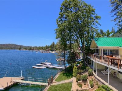 Photo for Beautifully appointed 7 bedroom lakefront home.
