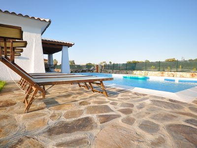 Photo for Villa Alipinta, private HEATED pool, 500 meters from the beach, A/C, free WIFI