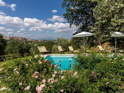 Photo for Holiday apartment Monte San Savino for 4 - 6 persons with 2 bedrooms - Holiday apartment in a villa