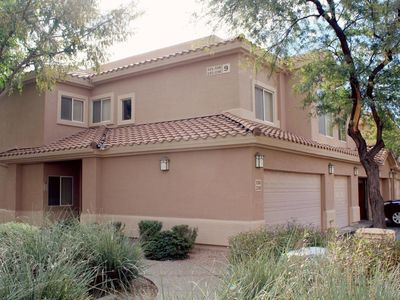 Photo for Well-appointed 3 bedroom, 2 bath Mesa condo at Superstition Springs