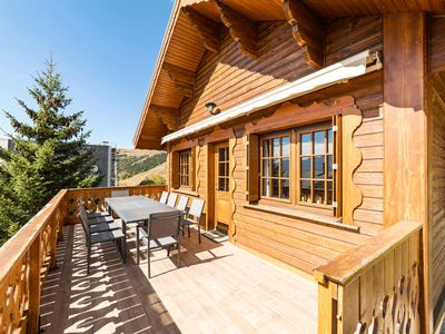 Photo for Luxury chalet in Alpe d'Huez at the foot of the slopes, close to shops