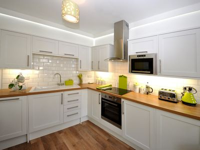 Photo for 3 bedroom Apartment in Brixham - BX078