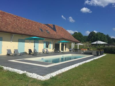 Photo for Bright spacious house-heated pool-near Lascaux caves-free wifi