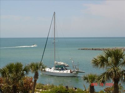 Photo for St. Pete Beach Envoy Point Beachfront 2b2b Fantastic Views