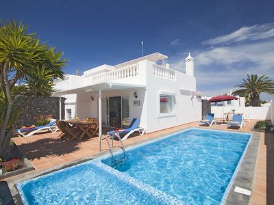 Photo for 3 bedroom Villa, sleeps 6 in Puerto del Carmen
